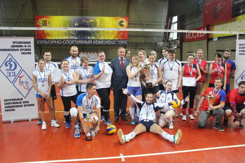 Новый член команды по волейболу в россии